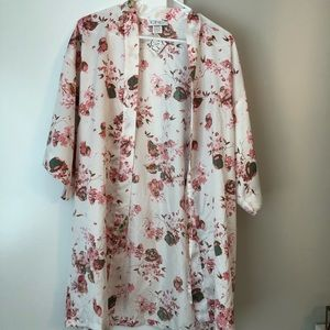 Icing floral robe